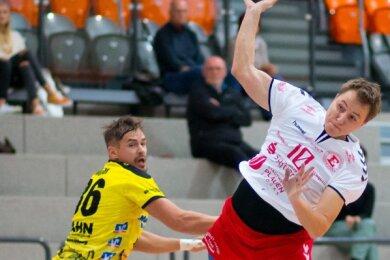 Jiri Fort (rechts) kämpfte mit seinem HC Einheit Plauen vergebens um Punkte gegen Bad Blankenburg.