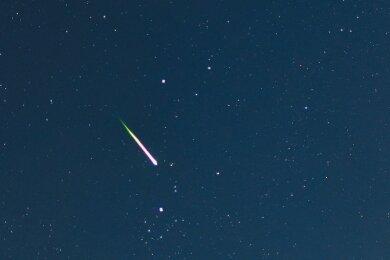 . Wer in der Nacht zum morgigen Mittwoch viel Ausdauer mitbringt, der kann die Leoniden beobachten - einen Sternschnuppenschauer, der im November seine Bahn zieht.