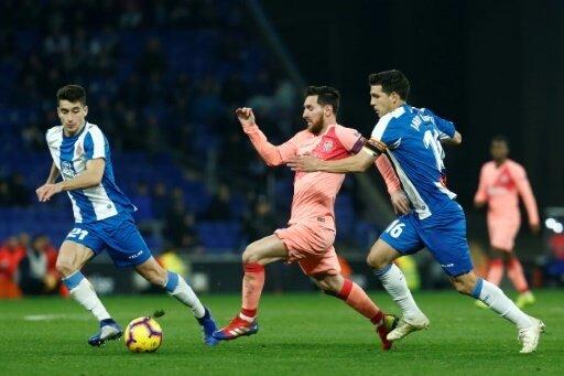 Messi (Mitte) verwandelte zwei Freistöße