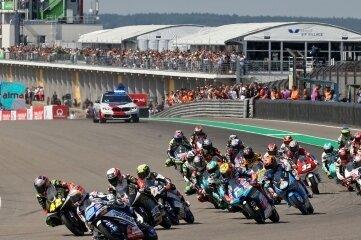 So wie 2018 auf dem Sachsenring geht es am Sonntag in Spanien zur Sache.