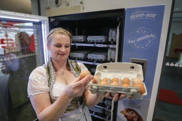 Bio-Eier in Sparkassen-Filiale sind ein Verkaufsschlager