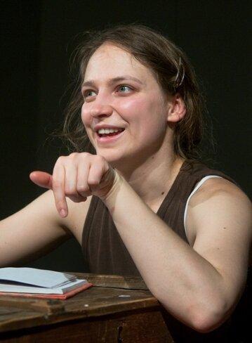 """<p class=""""artikelinhalt"""">Julia Gorr in """"Das Tagebuch der Anne Frank"""" - eine der jüngsten Inszenierungen des Annaberger Theaters. </p>"""