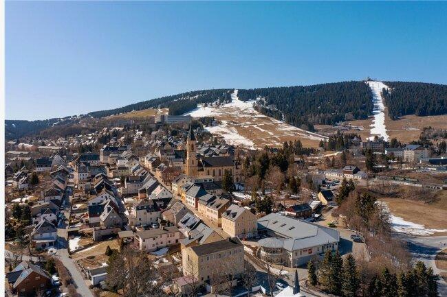 Der Schnee ist fast weg, doch nun können bald die Gäste kommen. Foto: Ronny Küttner/Archiv