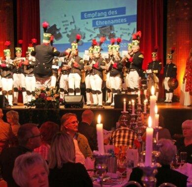 """Das Bergmusikkorps Saxonia hatte im vergangenen Jahr den Ehrenamtsempfang im Freiberger """"Tivoli"""" eröffnet. In diesem Jahr fällt die Festveranstaltung Coronabedingt aus."""