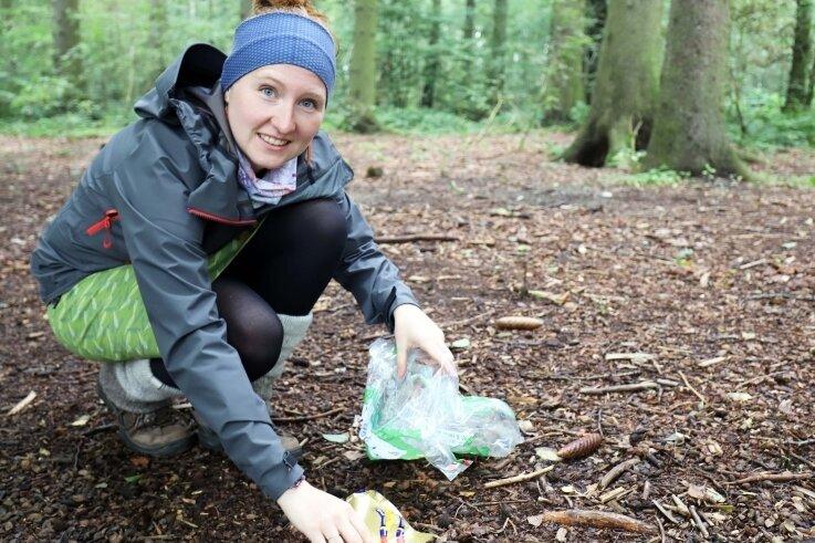 Elisa Maria Elß hat eine Aktion gestartet, mit der Menschen zum Beseitigen des Mülls in Wäldern oder Parks animiert werden sollen. Sie läuft noch bis Ende nächster Woche.