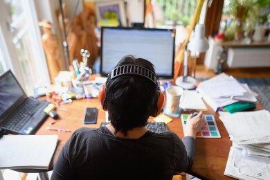 Drucker, Strom, Heizung: Nur wenige Arbeitnehmer können die Kosten für den Arbeitsplatz zu Hause steuerlich geltend machen.