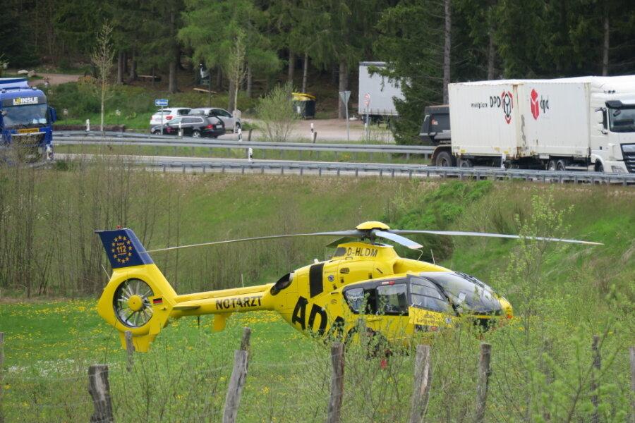 Mehrere Verletzte bei Frontalzusammenstoß auf B 169