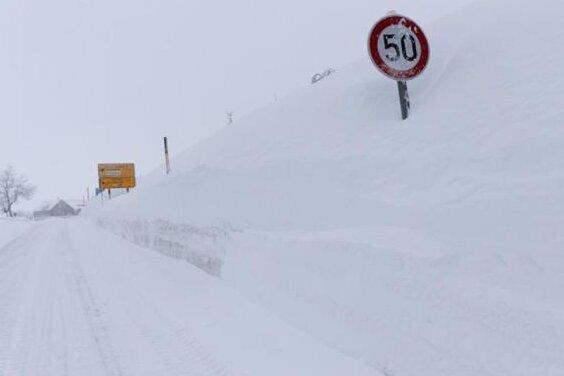 Wetterdienst warnt vor starken Schneeverwehungen