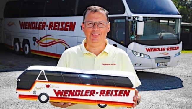 Maik Wendler plant sowohl wieder Bus-Fernreisen als auch weiterhin die Werdauer Stadtbuslinie.