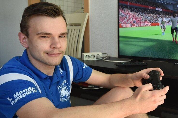 Christian Kuhl vom SV Germania Mittweida nutzte den ersten Lockdown im vergangenen Frühjahr, um an einigen E-Sport-Turnieren teilzunehmen. Auch andere mittelsächsische Kicker kamen damals weit.