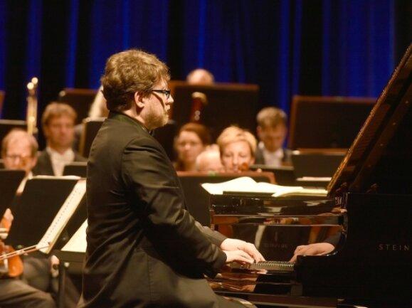 Als Solist wurde der Pianist Jan Jiraský aus Brno gefeiert.