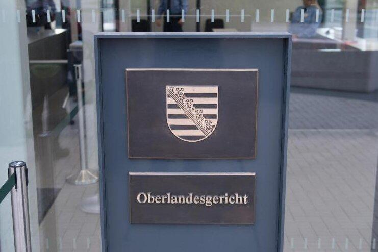 """Der Prozess gegen """"Revolution Chemnitz"""" findet am Oberlandesgericht in Dresden statt."""