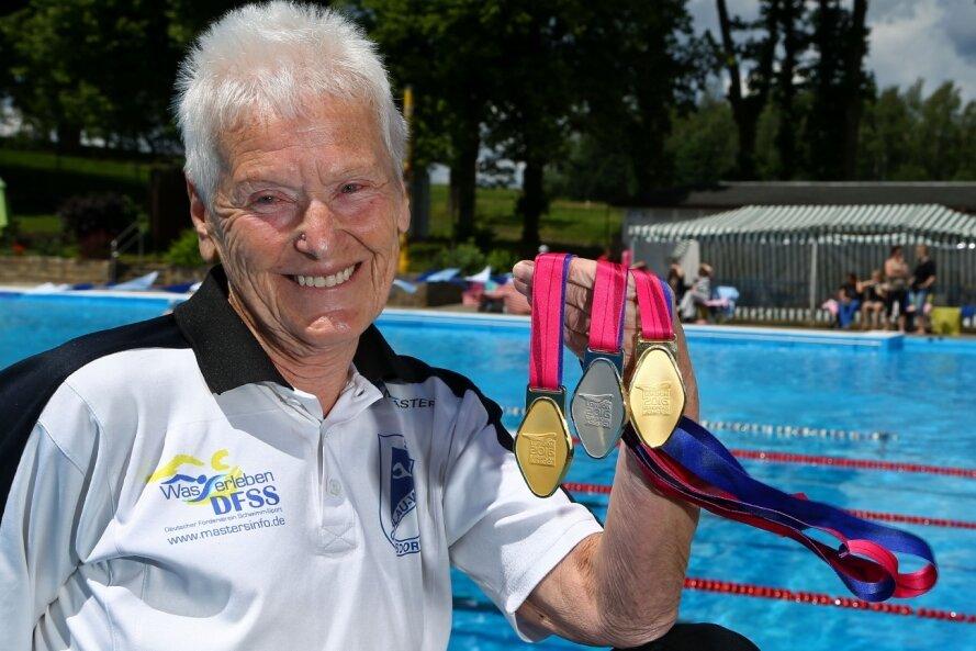 """In Gersdorf ist Masters-Schwimmerin Gisela Gruner mit ihren Erfolgen bestens bekannt. Für ihren Fernseh-Auftritt bekam sie neben einem Lob von Jörg Pilawa auch viel Zuspruch aus ihrem Umfeld. """"Das war gute Reklame für unser Dorf haben mir viele gesagt"""", so Gruner."""