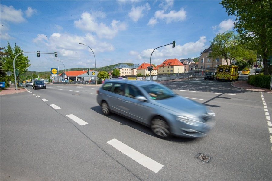 Sperrung verschoben: Verkehrsader in Aue wird erst einen Tag später zum Nadelöhr
