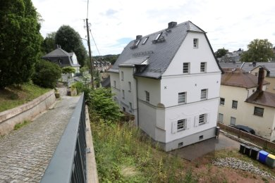 Der Mühlengraben 14 am Weg zum Lohberg. Hier soll ein klassisch-modernes Wohnensemble entstehen. Am Vorhaben gab es auch Kritik.