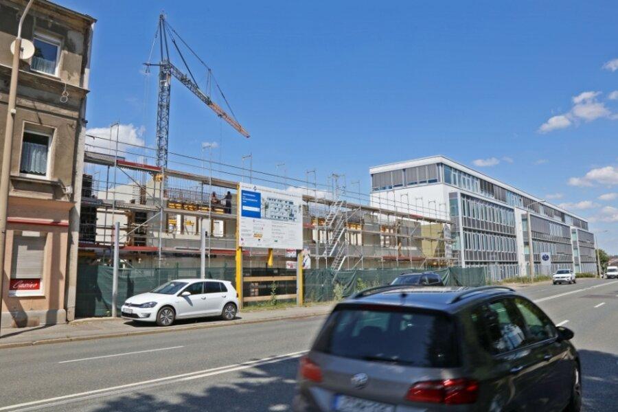 Das VW-Bildungsinstitut an der Reichenbacher Straße wird gerade mit einem Neubau erweitert. Etwa 5000 Quadratmeter Platz wird hauptsächlich für Schulungsräume geschaffen.
