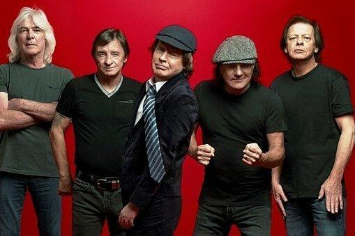 Drehen wieder ihren eigenen Swag auf: Cliff Williams (Bass), Phil Rudd (Drums), Angus Young (Gitarre), Brian Johnson (Gesang) und Stevie Young (Gitarre, von links) sind AC/DC.