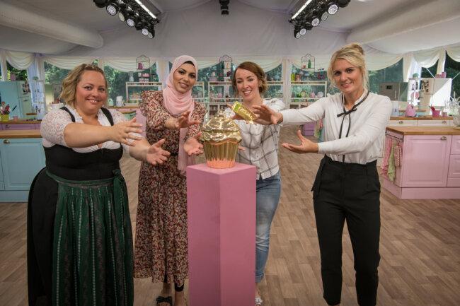 """Das Finale der Sat1-Show """"Das große Backen"""" verspricht, spannend zu werden. Erstmals stehen mit Barbara, Sara, Jennifer und Laura (v. l.) vier Hobbybäckerinnen im Finale."""