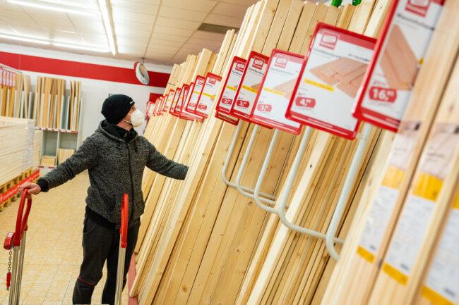 Baumärkte sollen am Montag wieder öffnen dürfen.