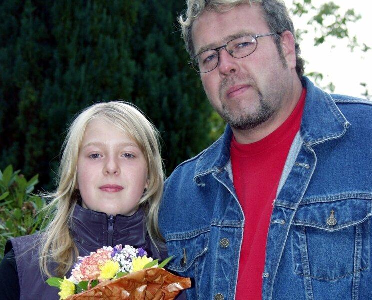 """<p class=""""artikelinhalt"""">Jenny Seidel aus Schnarrtanne wird bei der Siegerehrung des Sommer Grand Prix der Skispringer Blumenmädchen sein. Vater Uwe hat für die Überraschung zum 12. Geburtstag seiner Tochter gesorgt. </p>"""