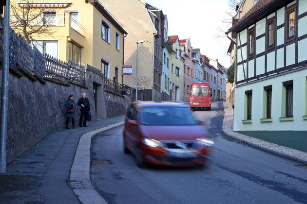 Stadtrat fordert Tempo 30 auf Schönberger Straße