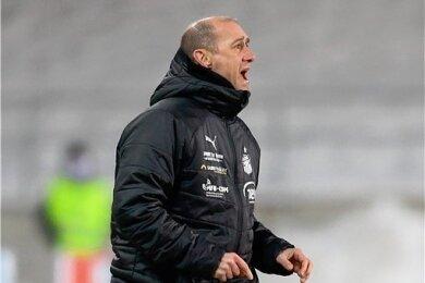 FSV-Coach Joe Enochs muss seine Abwehr ohne den gesperrten Davy Frick aufstellen.