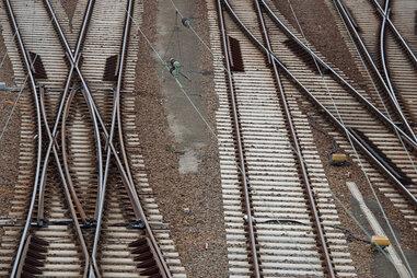 Kein Ausbau der Bahnlinie nach Leipzig: Wirtschaft protestiert
