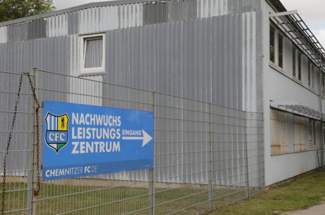 Der DFB hat das Nachwuchsleistungszentrum (NLZ) des CFC im Lizenzierungsverfahren in die Kategorie zwei eingestuft.
