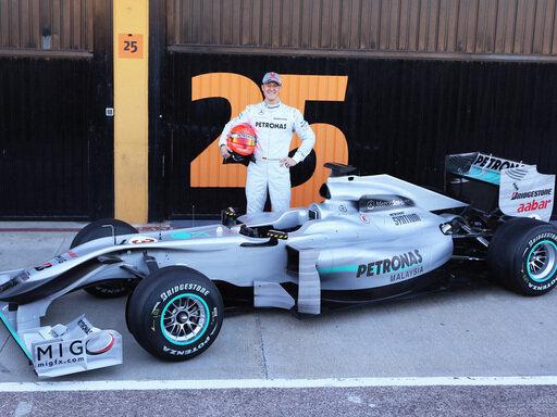 Michael Schumacher mit dem neuen Silberpfeil