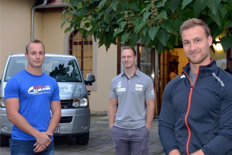 Drei Sachsen-Asse in der Formel 1 des Winters: Rekordweltmeister Francesco Friedrich aus Pirna (Mitte), Richard Oelsner aus Altenberg (rechts) und Maximilan Illmann aus Chemnitz (links).