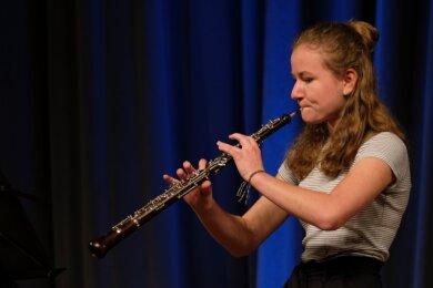 Marielle Weck spielte auf der Oboe ein Stück von Domenico Cimarosa, den4. Satz (Allegro giusto) aus dem Concerto C-Dur.