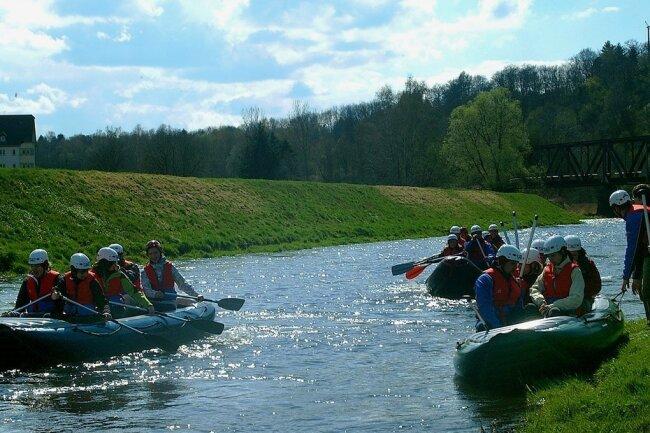 Wassersportfreunde treffen sich alljährlich im Vogtland zu einer Rafting-Tour auf der Weißen Elster. Sie müssen nun bereits das dritte Jahr in Folge pausieren.
