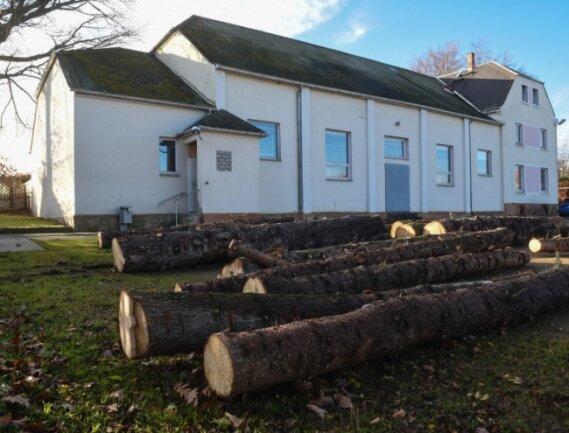 In der Turnhalle an der Straße Zum Tännicht in Mühlau findet Schul- und Vereinssport statt. Jetzt wird eine Sanierung notwendig.