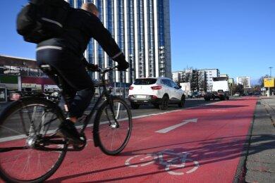 Im Ausbau des Radverkehrs sieht der Entwurf zum neuen Mobilitiätsentwicklungsplan einen der wichtigsten Ansätze, um den Verkehr in Chemnitz umweltfreundlicher zu machen.