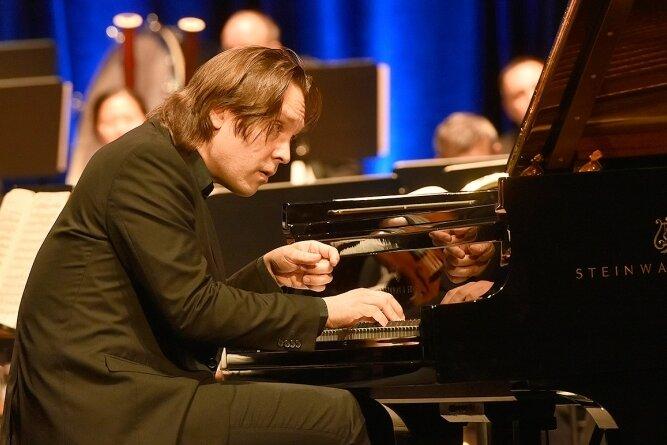 Im König-Albert-Theater als Solist gefeiert: Florian Uhlig.