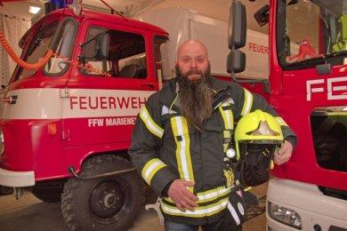 Für die Feuerwehr brennt Bürgermeisterkandidat Heiko Spranger (49) aus Marieney.