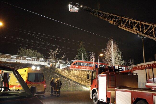 Feuerwehr und Rettungsdienst konnten den jungen Mann nur noch tot bergen.