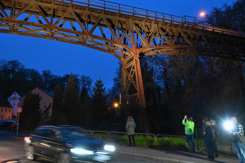 Viadukt im Rampenlicht