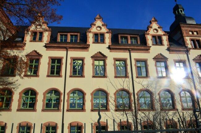 Ob im Hort der Lindgren-Grundschule, der im Dachgeschoss des Frankenberger Bildungszentrums untergebracht ist, Kinder an den zusätzlichen Ferientagen betreut werden, ist noch unklar.
