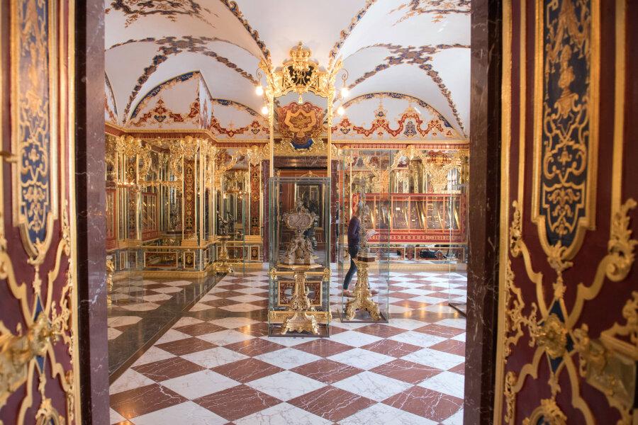 Das Juwelenzimmer im Historischen Grünen Gewölbe im Dresdner Schloss der Staatlichen Kunstsammlungen Dresden.