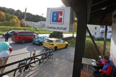 Neben der Filialschließung in Meerane soll unter anderem bald der Standort Remse (Bild) durch das Sparkassen-Mobil ersetzt werden.
