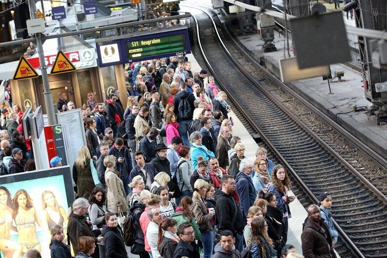 Lokführer lassen beim Streik über Pfingsten das Ende offen