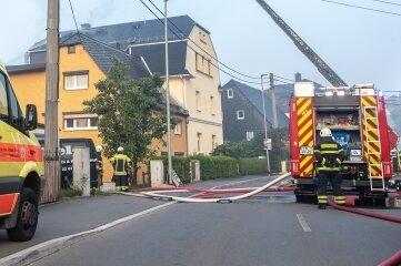 Im September brannte der Dachstuhl eines Mehrfamilienhauses in Neukirchen.
