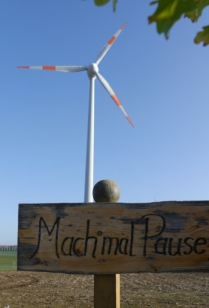 Die Aufforderung zur Pause im Windpark bei Erlau gilt nicht den Anlagenbetreibern, sondern Spaziergängern. Einen Stopp der Windradpläne für Langenstriegis fänden die dortigen Anwohner aber auch gut.