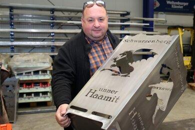 Peter Riedel und sein Team haben nach einem für Raschau auch einen Schwarzenberger Feuerkorb auf den Markt gebracht. Die individuellen Anfertigungen kommen bei den Kunden gut an.