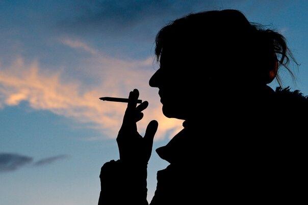 Sächsinnen rauchen am wenigsten