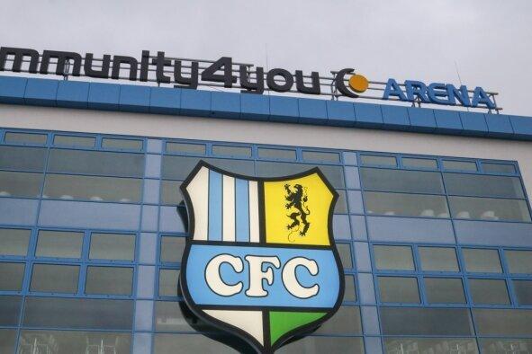 Das für 27 Millionen Euro erneuerte Stadion an der Gellertstraße trägt seit Anfang August 2016 den Namen Community4you-Arena.