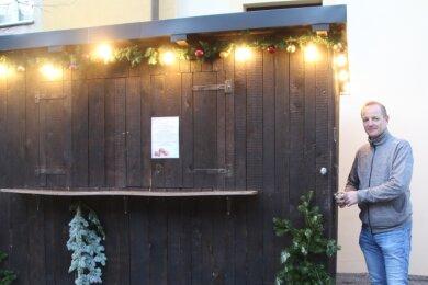 Thomas Lämmel, Inhaber des Schlossgasthauses in Lichtenwalde, hat seine Weihnachtsbude erst einmal abgeschlossen.