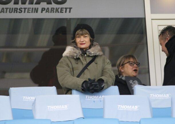 Sie war auch im Stadion: die Chemnitzer Rathauschefin Barbara Ludwig.
