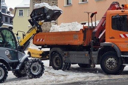 Auch an der Körnerstraße wurde Schnee abtransportiert.